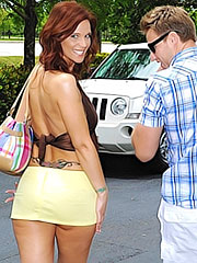 Syren DeMer in yellow panty