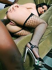 Madelyn Monroe likes big and black