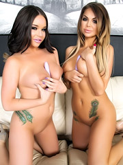 Nikki Nine and Rachele Richey live