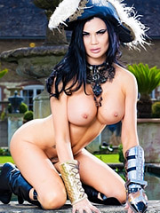 Jasmine Jae in League of Frankenstein